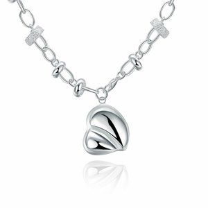Jewelry - Silver Plated Heart Charm Pendant Chain
